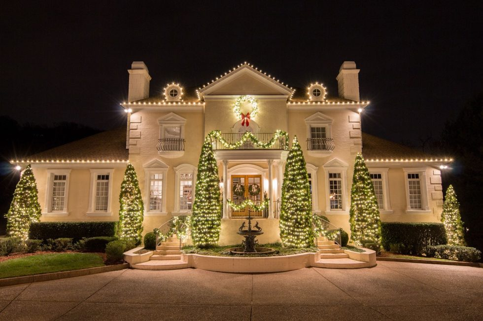 Professional Christmas Lighting: Worth the Cost?